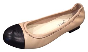 Chanel Ballerina Two Tone Stretchy Beige, Black Flats