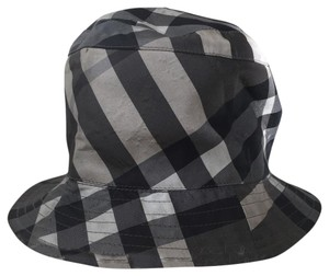 Burberry Burberry Black, Grey, White beatcheck