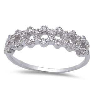 9.2.5 Adorable white sapphire princess band ring size 6