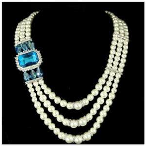 Other TS Elegant Pearl With Aqua Blue Crystal Accent Statement Necklace
