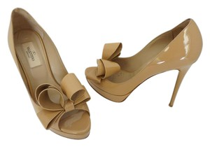 Valentino Bow Embelished Stilettos Party Nude Pumps