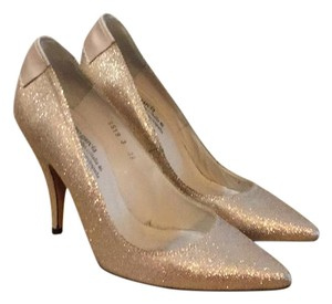 Pedro Garcia gold Pumps