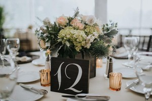 Wooden Table Numbers 1-25