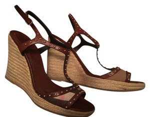 Burberry Brown pattern Wedges