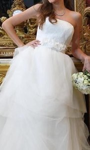Vera Wang Vw 351065 Wedding Dress