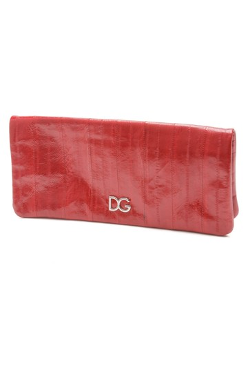 Preload https://img-static.tradesy.com/item/20924535/dolce-and-gabbana-dolce-and-gabbana-red-eel-skin-leather-clutch-0-0-540-540.jpg