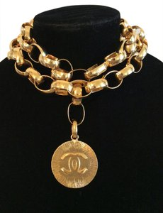 Chanel RARE VINTAGE CHANEL GOLD PLATED JUMBO CC CHARM BELT