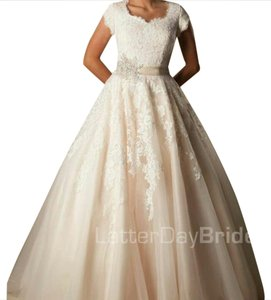 Beckstead Wedding Dress
