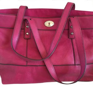 Fossil Tote in Hot Pink