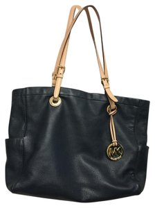 Michael Kors Leather Designer Tote in Navy
