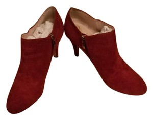 Vince Camuto Vive Suede Burgundy Boots