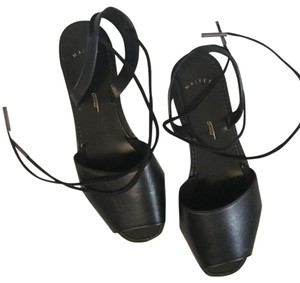 Maiyet Black Sandals