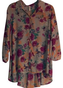 Xhilaration Top Taupe with Floral Pattern