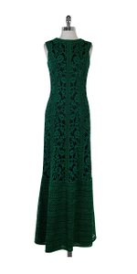 Tadashi Shoji Green & Black Embroidered Sleeveless Gown Top