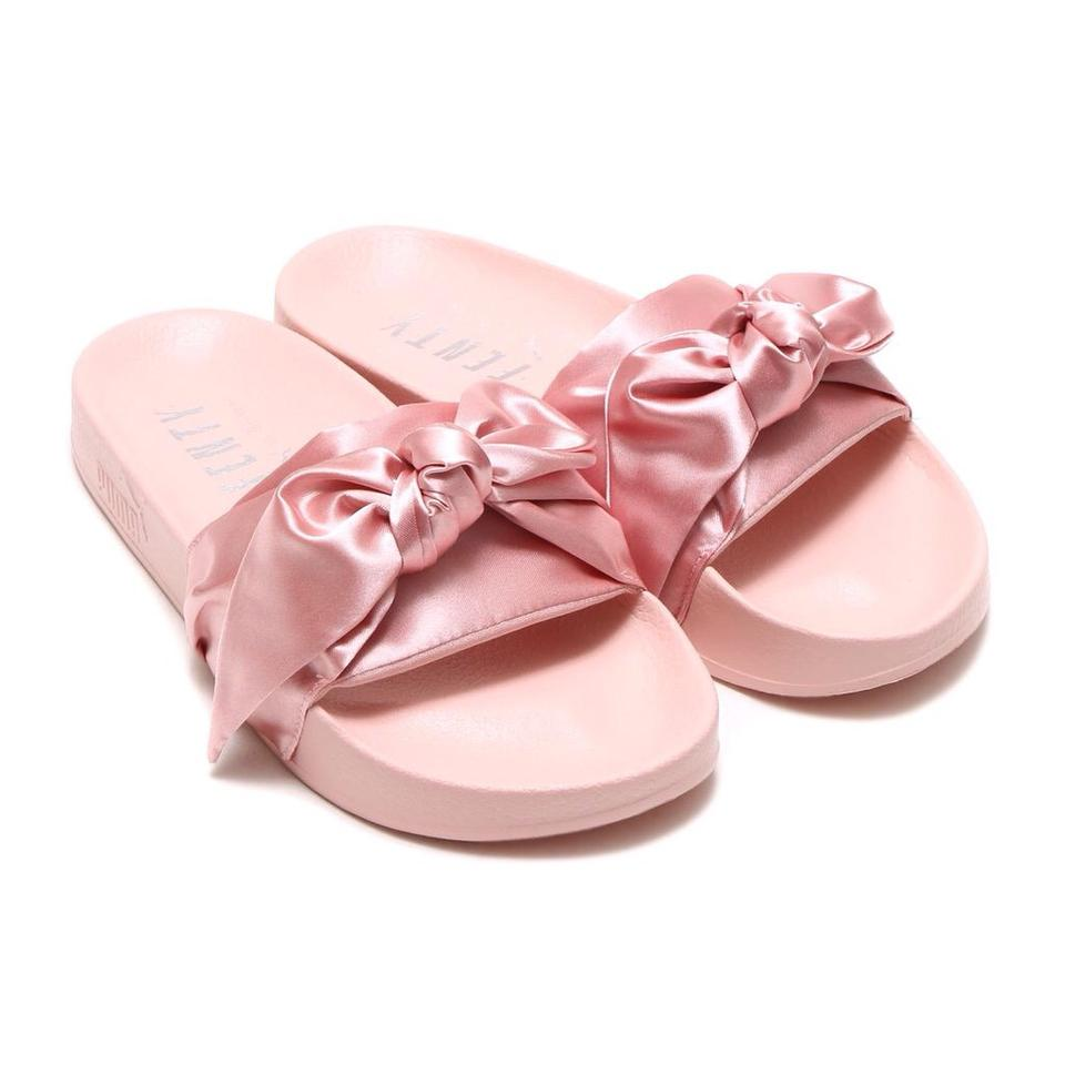 pretty nice 22db8 51e06 Silver Pink Bow Slide Sandals