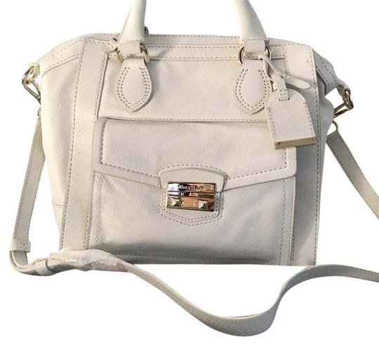 Preload https://img-static.tradesy.com/item/20928110/cole-haan-white-leather-cross-body-bag-0-1-540-540.jpg