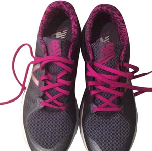 New Balance gray with pink Athletic