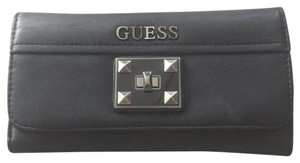 Guess n/a