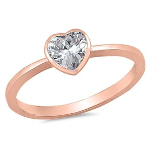 9.2.5 Adorable white topaz 14k dipped rose gold heart ring size 7