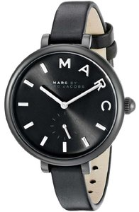 Marc Jacobs Marc Jacobs Women's Sally Three Hand Leather Watch MJ1417