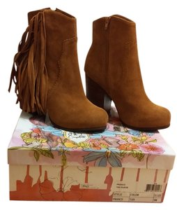 Jeffrey Campbell Fringe Hem Western Suede Leather Cowboy Bohemian Festival Comfortable Tan Boots
