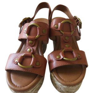 Lucky Brand Leather Bermuda Sand Wedges
