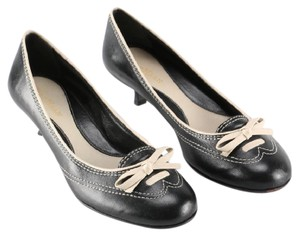 Cole Haan Leather Bow black with creme stitching Pumps