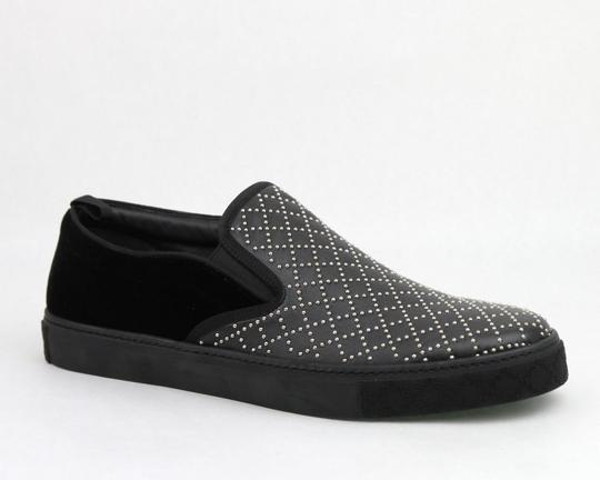 Preload https://img-static.tradesy.com/item/20929995/gucci-black-studded-leather-suede-slip-on-sneaker-6g-us-65-322758-shoes-0-0-540-540.jpg