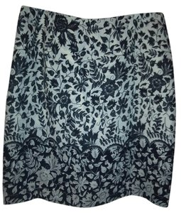 Hillard & Hanson Skirt Black and white