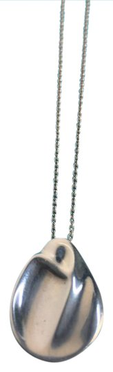 Preload https://img-static.tradesy.com/item/20930964/tiffany-and-co-sterling-silver-sculpted-elsa-peretti-madonna-necklace-0-2-540-540.jpg