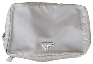 8b1de5f61e83 Prada Cosmetic Bags - Up to 70% off at Tradesy