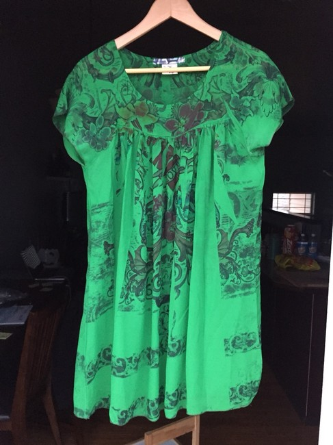 Item - Green Tunic Size 8 (M)