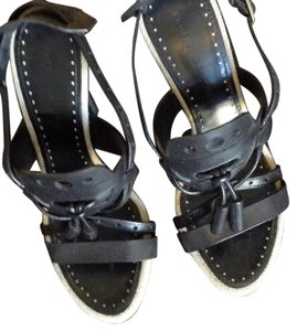Proenza Schouler Black with beige linen trim. Sandals