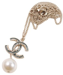 Chanel Chanel Classic CC Gold Enamel Pearl Reversible Necklace