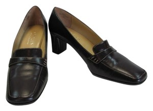 Liz Claiborne Leather Size 9m New Good Condition BROWN Pumps