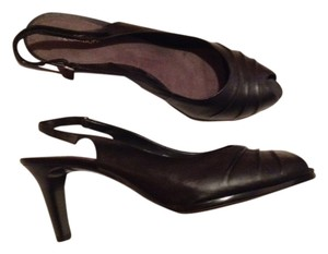 Liz Claiborne Leather Upper Slingback black Pumps