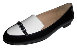Chanel Cc Loafer Patent Leather Chain Black/White Flats