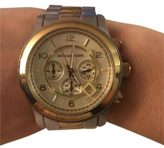 Preload https://img-static.tradesy.com/item/20932903/michael-kors-silver-and-gold-two-toned-oversized-unisex-watch-0-1-540-540.jpg