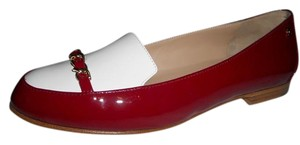 Chanel Cc Loafer Patent Leather Chain Dark Red/White Flats