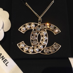 Chanel NWT XL size CC logo with pearl and crystal pendant necklace