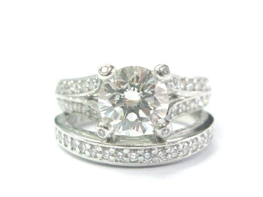 Preload https://img-static.tradesy.com/item/20932975/platinum-round-cut-diamond-engagement-set-282ct-gia-ring-0-0-540-540.jpg
