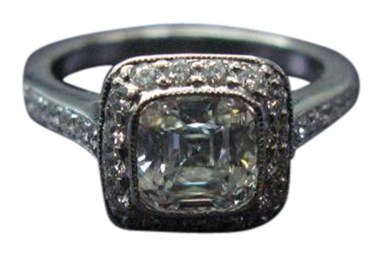 Preload https://img-static.tradesy.com/item/20933144/tiffany-and-co-h-co-platinum-legacy-diamond-158ct-h-vs2-t-and-co-certificat-ring-0-1-540-540.jpg