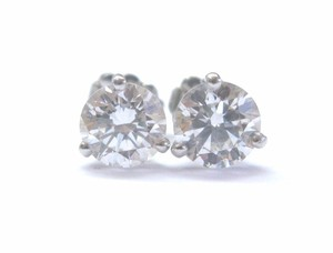 Other Platinum Round Cut Diamond 3-Prong Stud Earrings Push Back GIA 2.00Ct