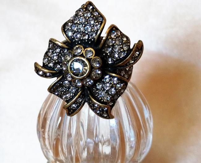 Item - Bronze/Clear Crystal Ring