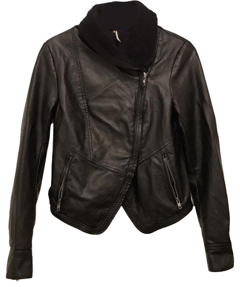 Free People Black VeganFaux Leather MotorcycleBike Jacket Size 2 (XS) 75% off retail