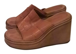 Candie's Tan/Brown Wedges