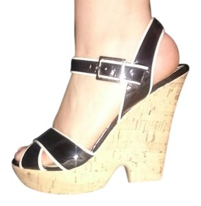 American Eagle Outfitters Black and white Wedges