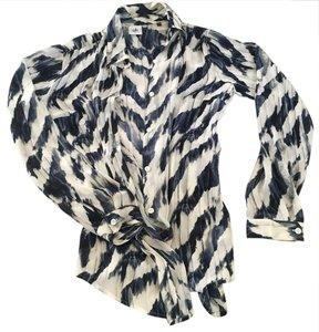 CAbi Top blue and white