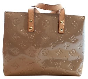 Louis Vuitton Leather Neverfull Damier Patent Pochette Tote in Dune