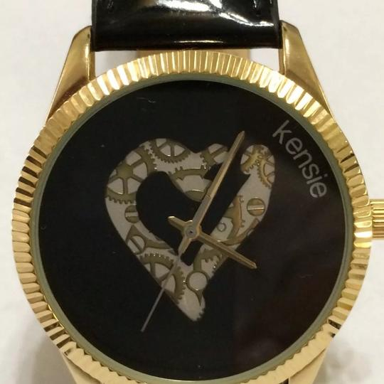 Kensie Kensie Love Throughout Time, Ladies Watch, w/ Gold Face, Patent Leather Strap.